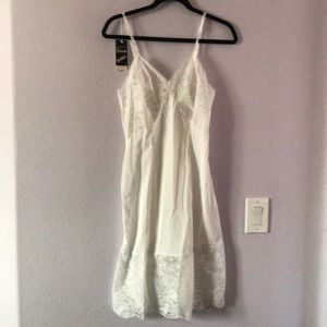 White new vintage slip/night gown